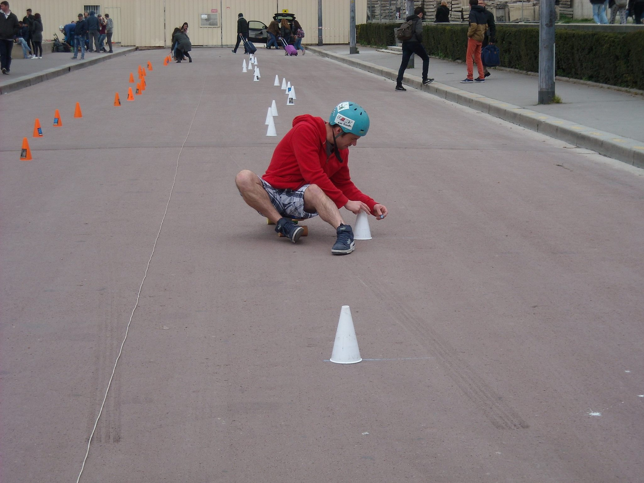 Pirate Slalom skateboard Riderz 2016 - 5 - Vincent au Trocadero