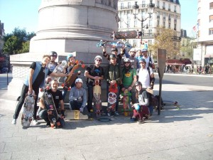 Randonnée skateboard Paris association Riderz